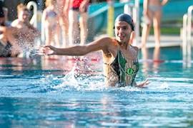 Artistic-Swimming Nationalteam im Freibad